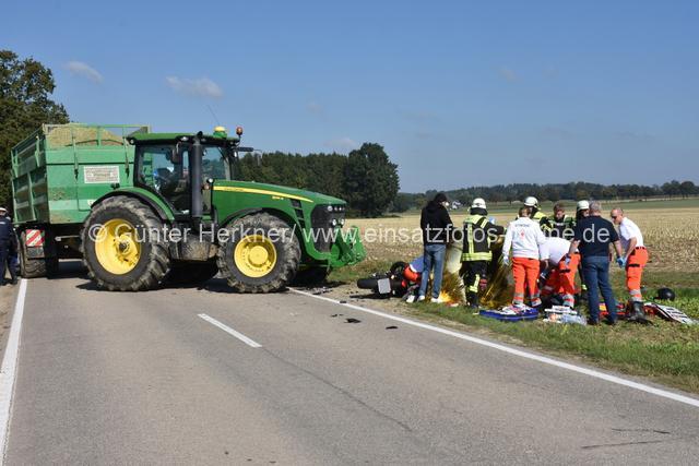 Krad gegen Traktor-001 (1)